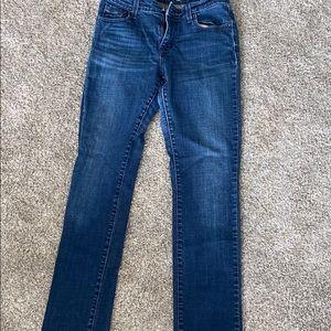 Women's Levi jeans size 6.